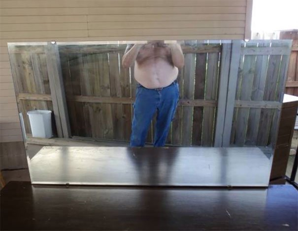 funny-people-sell-miroirs-reflections-6