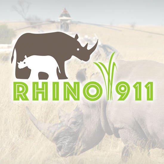 impactante video de una pequena rinoceronte amamantandose de su madre mutilada por cazadores furtivos placer1 - Impactante video de una pequeña rinoceronte amamantándose de su madre mutilada por cazadores furtivos