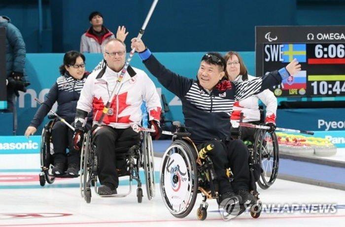 korean wheelchair curling which is called as the kingdom of the country burn94226863543b8b8m - '알까기의 나라'로 불릴 정도인 대한민국 휠체어 컬링 수준