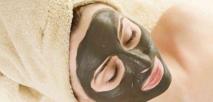 mascara de argila nutriela1 702x336 - Os tipos de argila que melhoram a aparência de seu rosto