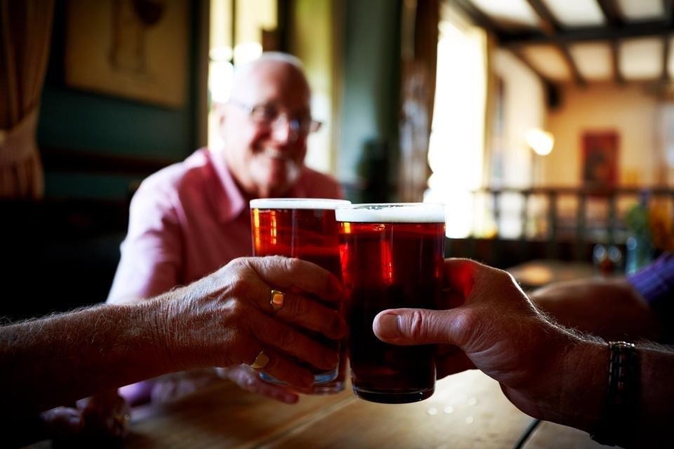 nintchdbpict000303000932 - Bebidas alcoólicas são mais eficazes que paracetamol para aliviar a dor, diz estudo