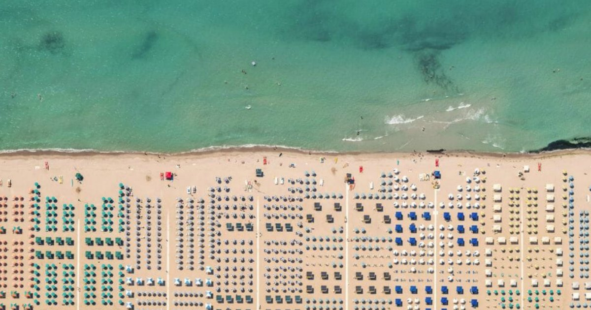 praiaslang.png?resize=300,169 - Ensaio fotográfico mostra como as praias italianas são incríveis