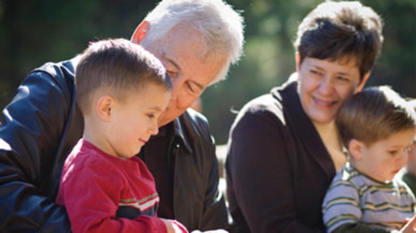 role of grandparents part 1 episode 38 2012 11 08.jpg?resize=300,169 - Estudo comprova que as crianças precisam de seus avós para crescerem felizes