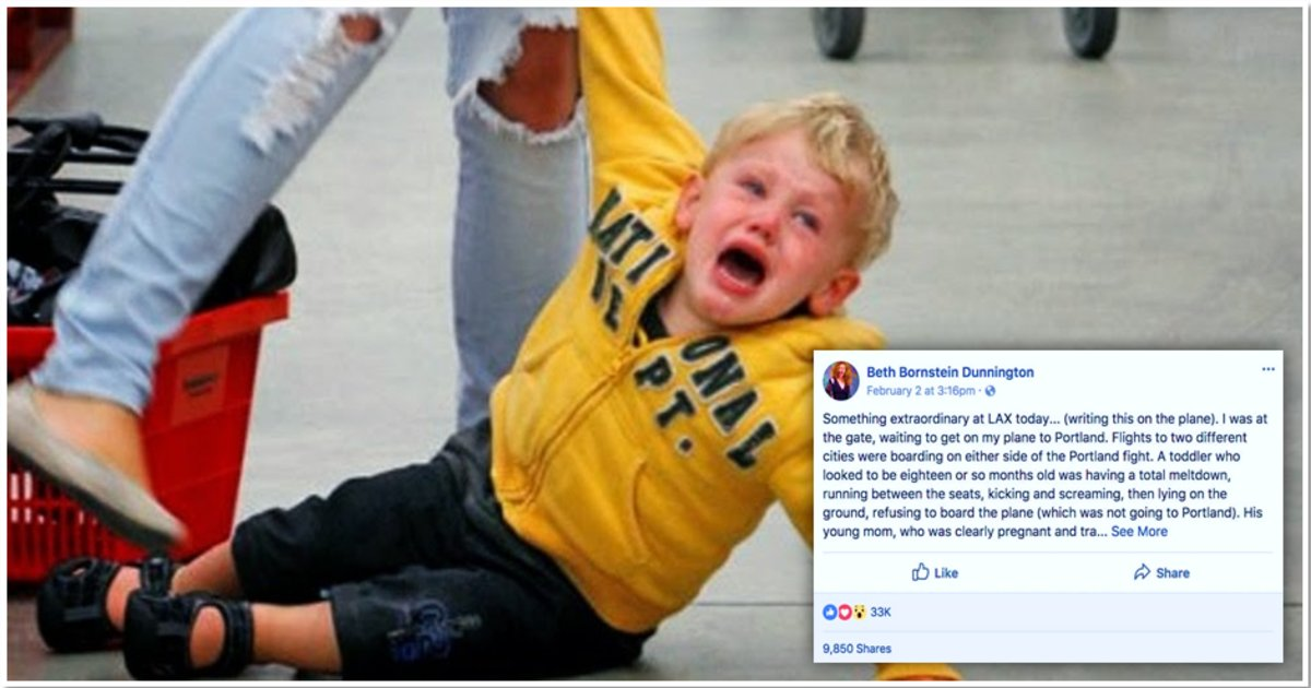 womenthumb2.png?resize=648,365 - Women Gather Form a Circle around a Weeping Mom at the Airport When Toddler Goes into a Meltdown