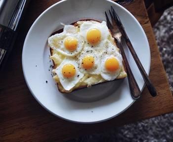 うずらの卵を使った、ラピュタパン。映画のワンシーンを思い浮かべながら至福の一時が過ごせそうです。