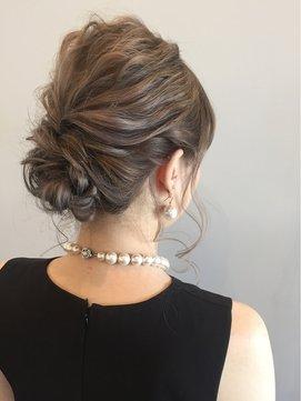 結婚式 お呼ばれ 髪型에 대한 이미지 검색결과