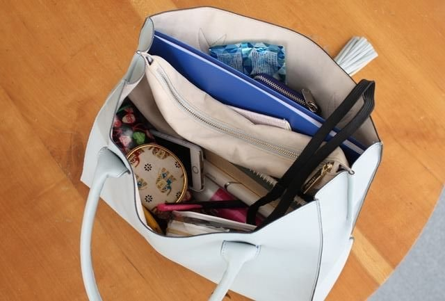 鞄の中 ごちゃごちゃ에 대한 이미지 검색결과