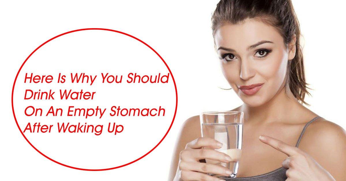 benefits of drinking water.jpg?resize=300,169 - Voici pourquoi vous devriez boire de l'eau sur un estomac vide après le réveil
