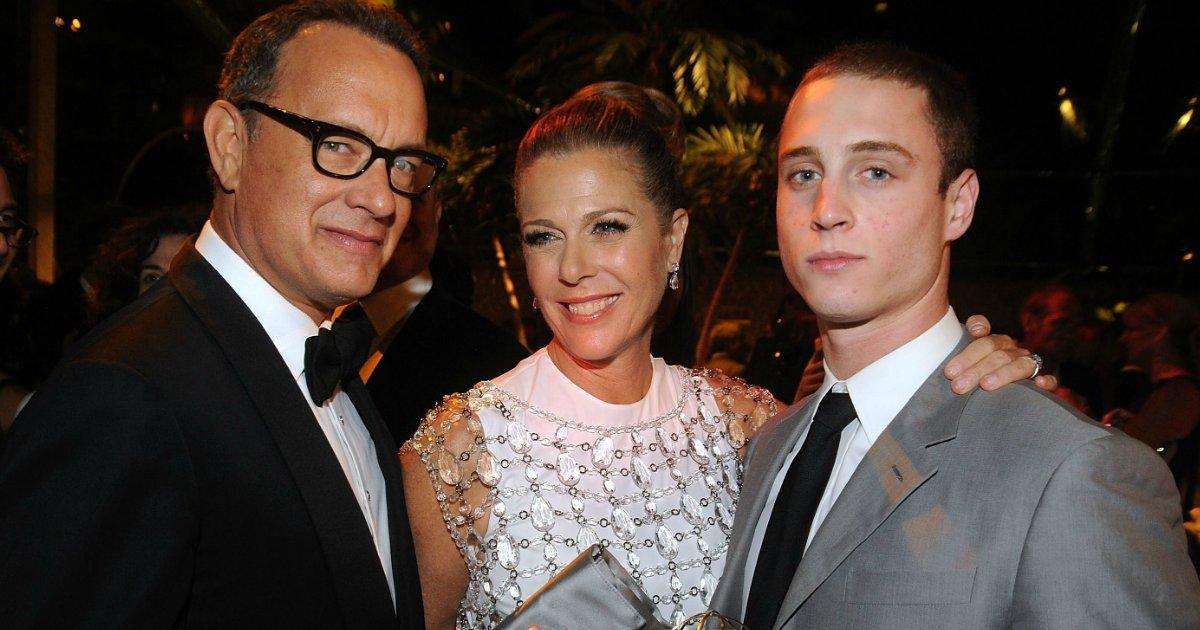 chet.png?resize=300,169 - Neta de Tom Hanks aparece em público pela primeira vez e suas fotos são absolutamente adoráveis