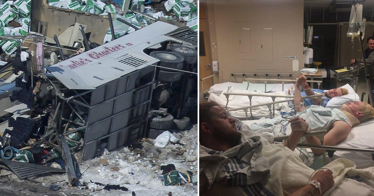 crash 1.jpg?resize=412,232 - Une image poignante montre les survivants d'un horrible accident de bus au Canada