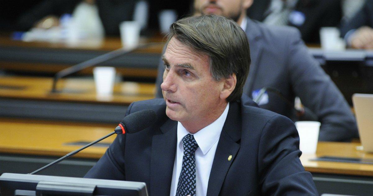 jb - Facebook tira do ar duas páginas de apoiadores de Jair Bolsonaro