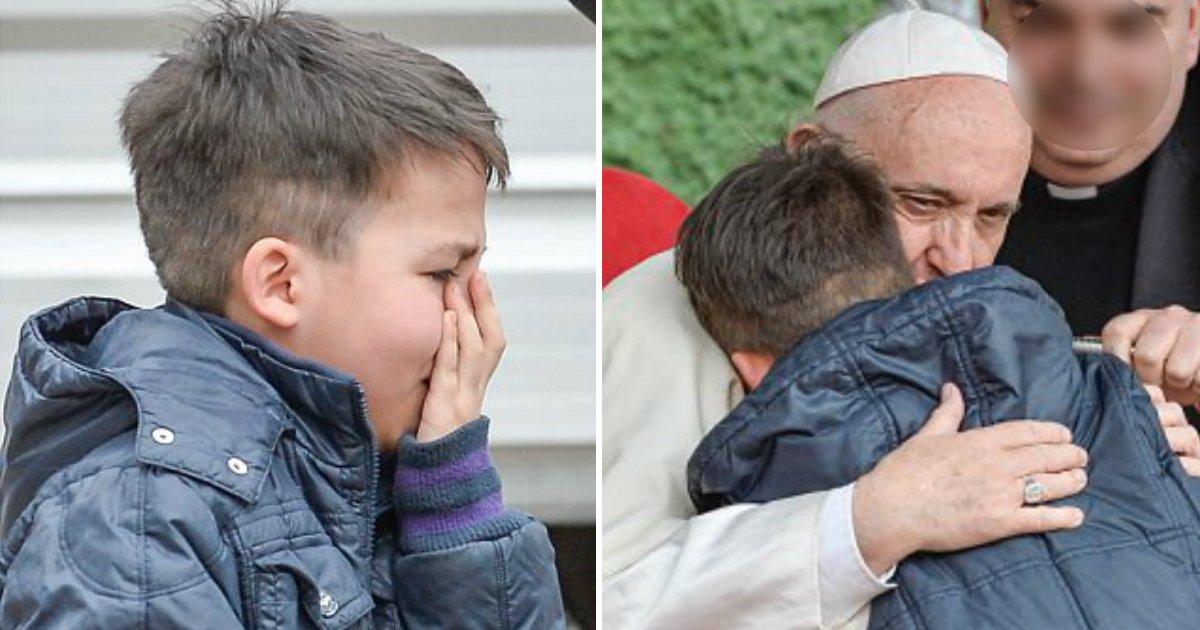 thumbnail 16.jpg?resize=300,169 - 돌아가신 아빠가 천국 못 갔을까봐 걱정하는 소년에게 '교황'이 건넨 위로 (영상)