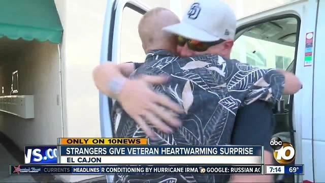 vet-surprised-by-strangers-2