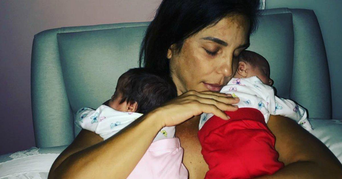 """veveta3 - Ivete Sangalo posta vídeos amamentando as gêmeas e comenta: """"Tá puxado"""""""