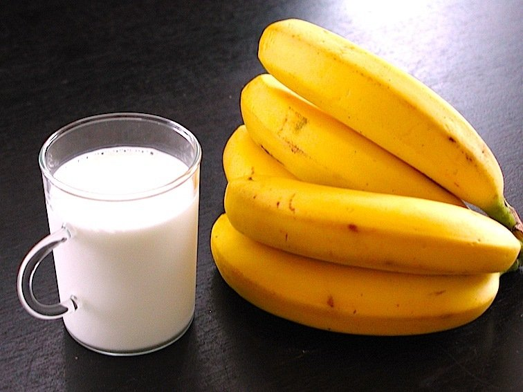 「牛乳&バナナ」の画像検索結果