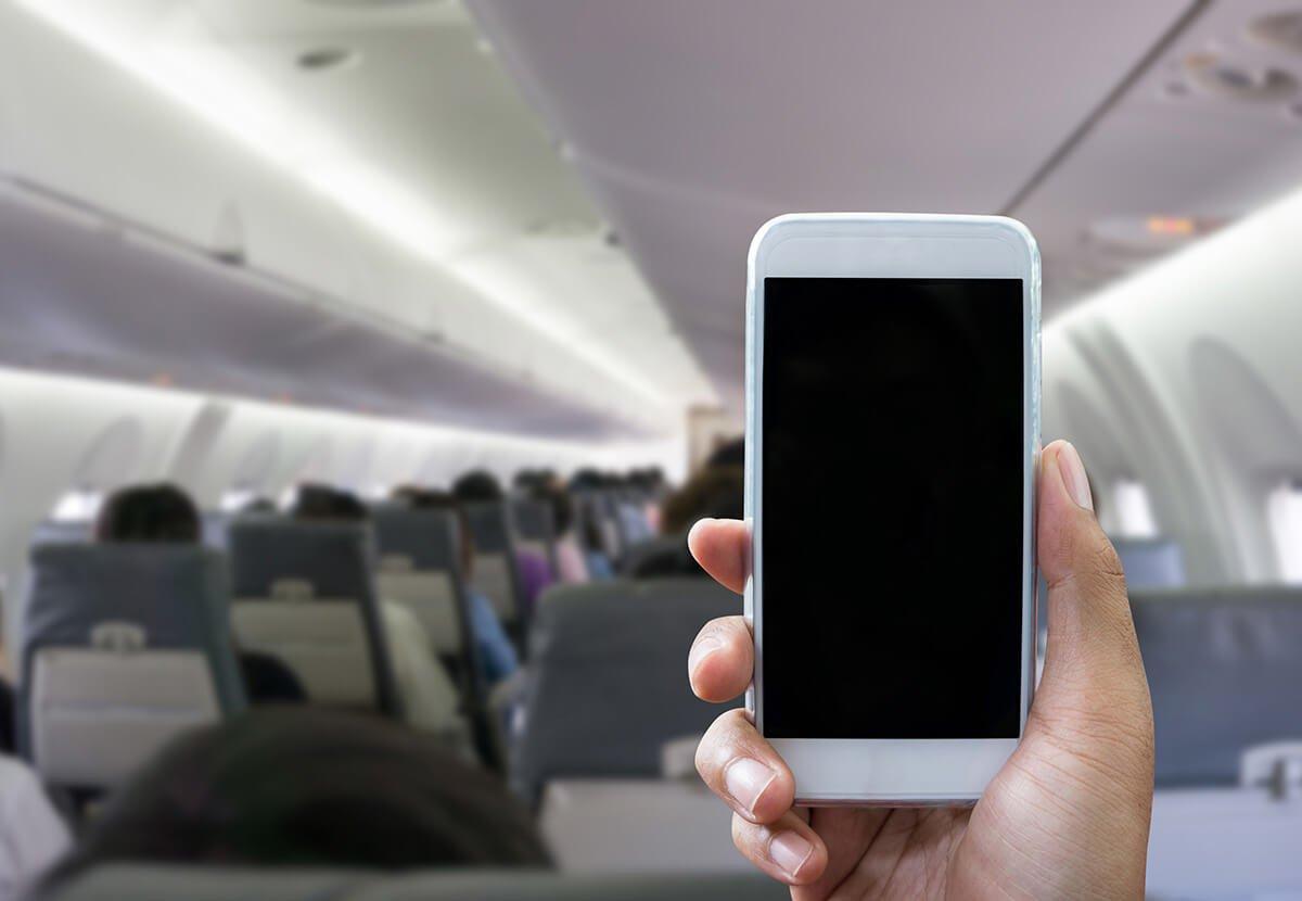 「飛行機 スマホ」の画像検索結果