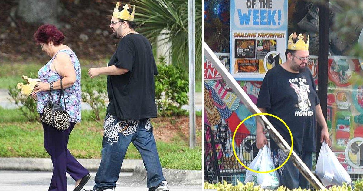 burger 2.jpg?resize=1200,630 - Le cousin et la tante de Meghan Markle ont célébré le mariage royal à leur façon, au Burger King.