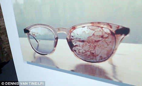Macabre: A photograph at Lennon