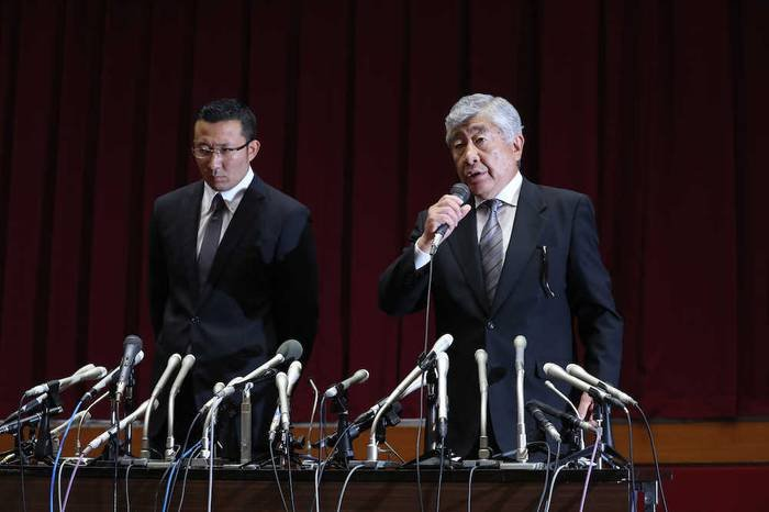 Image result for 宮川泰介選手 コーチと監督