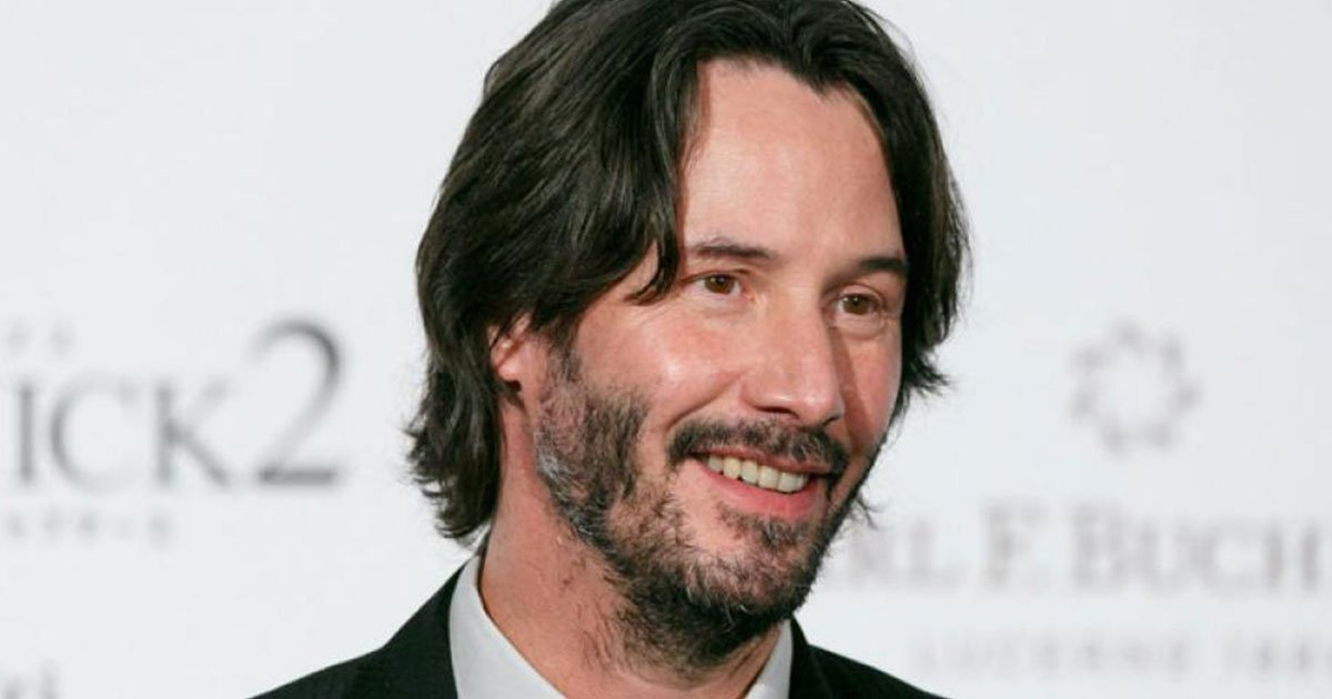 keanu reeves is known as the nicest guy in hollywood and here is why.jpg?resize=412,232 - Keanu Reeves est connu comme la personne la plus gentille d'Hollywood et voici pourquoi