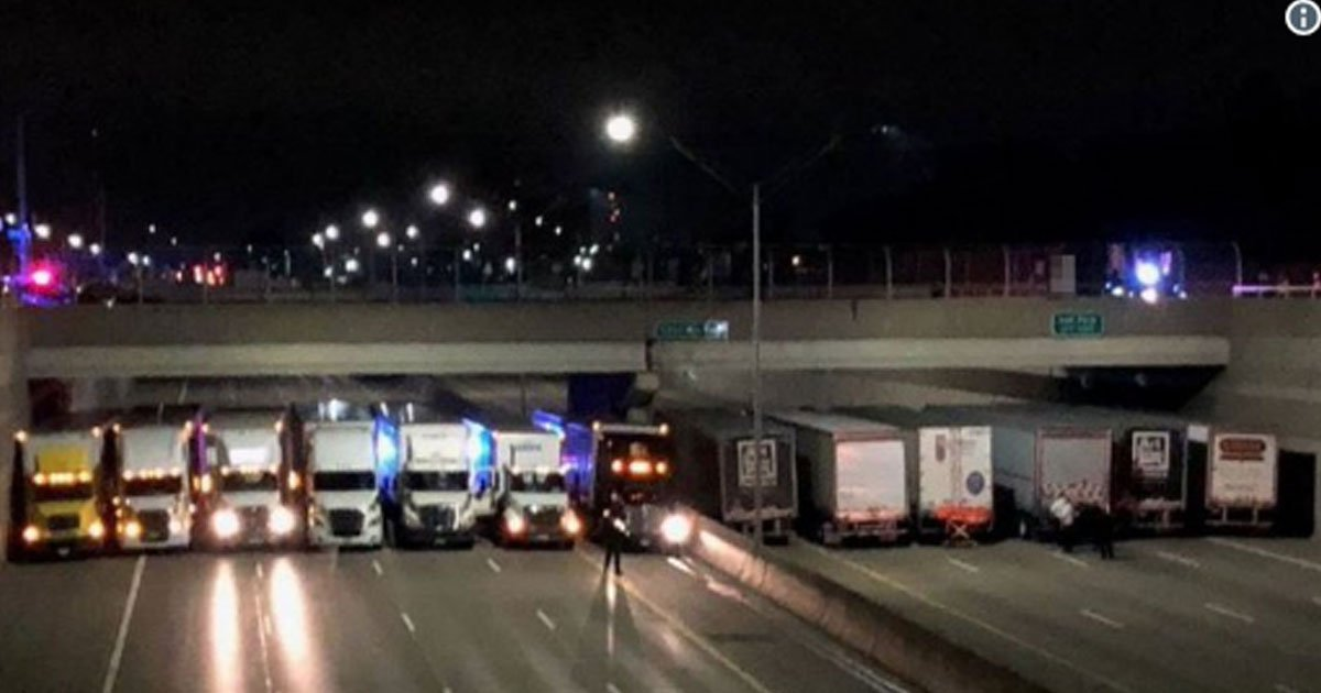 man was attempting to commit suicide then 13 truck drivers parked side by side under the bridge saved his life.jpg?resize=300,169 - Man was Attempting To Commit Suicide Then 13 Truck Drivers Parked Side By Side Under The Bridge Saved His Life