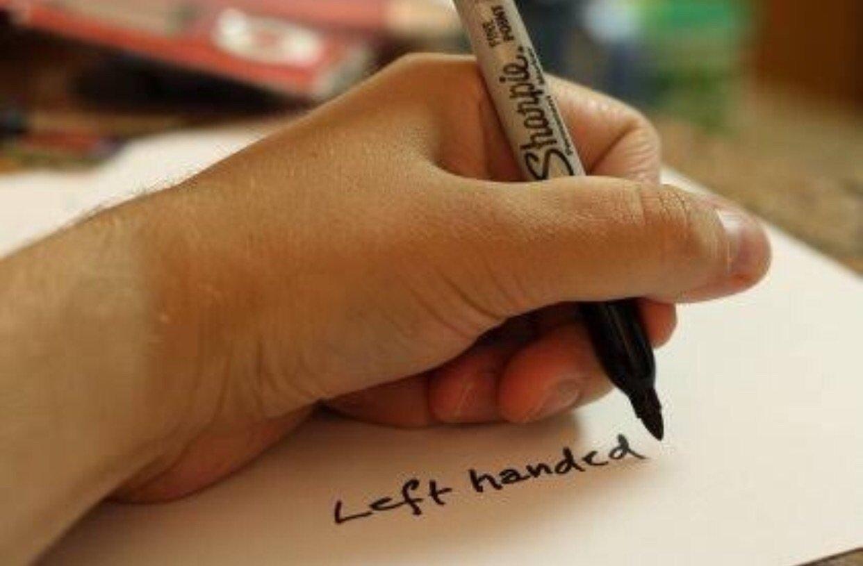 「左利き モテる」の画像検索結果