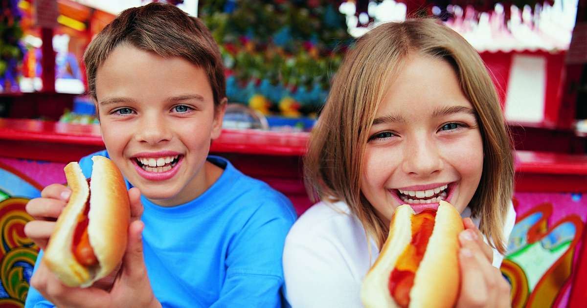 no hotdogs.jpg?resize=412,232 - Scientists Warn That Children Shouldn't Be Eating Hot Dogs