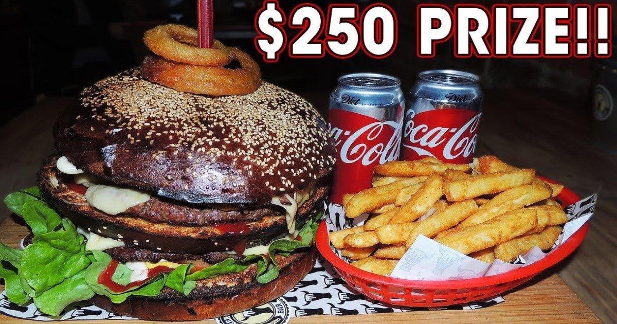 pic copy 13.jpg?resize=412,232 - Un homme termine le «Défi Don Burger de 3 kg» et remporte 250 $