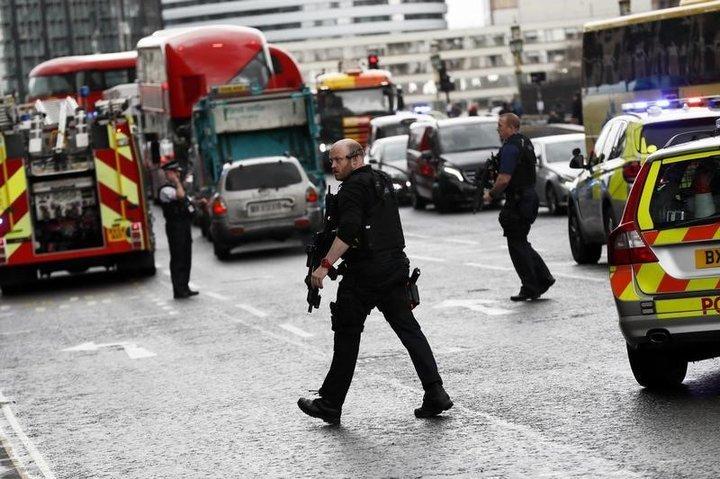 ロンドンテロ事件에 대한 이미지 검색결과