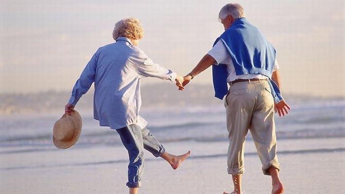 「老夫婦 仲良し」の画像検索結果