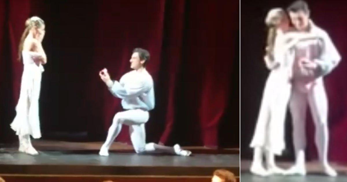 untitled 1 129.jpg?resize=300,169 - [Vidéo] L'interprète de Roméo a profité de ce ballet pour demander sa vraie Juliette en mariage.
