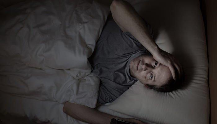 「真夜中 起きる」の画像検索結果