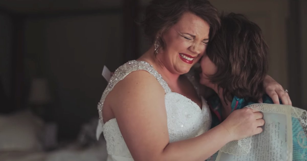 wed 1.png?resize=300,169 - Mom Saves Letter For 20 Years To Give Daughter On Her Wedding—It Must Be The Best Wedding Gift Ever!