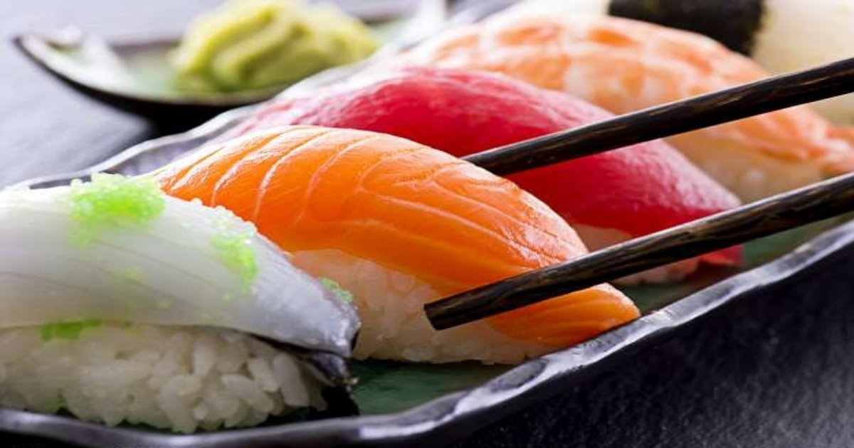 1 7.jpg?resize=412,232 - Is Sushi Worse For Health Than A Big Mac? There's A Thing Sushi Lovers Need To Know!