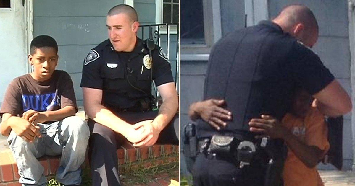 1 side 4.jpg?resize=412,232 - Un policier va au-delà de son devoir après avoir entendu l'histoire d'un adolescent qui veut fuir son domicile
