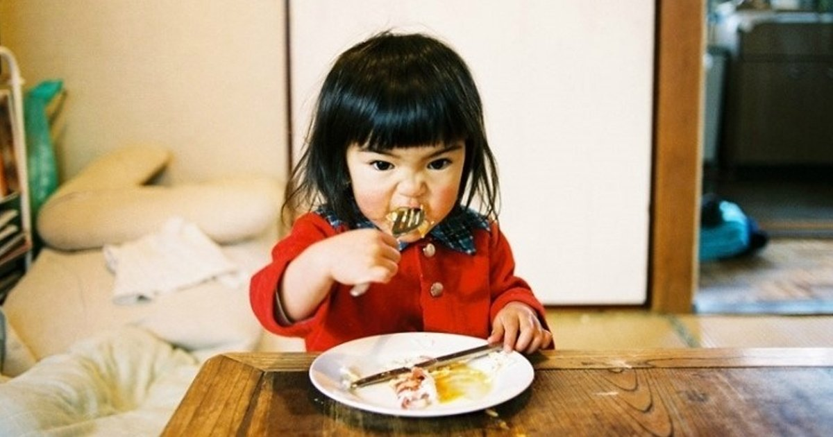 9 39.jpg?resize=300,169 - 빵빵한 '볼살'과 치명적인 '귀여움'으로 일본 '베스트셀러' 반열에 오른 한 사진집