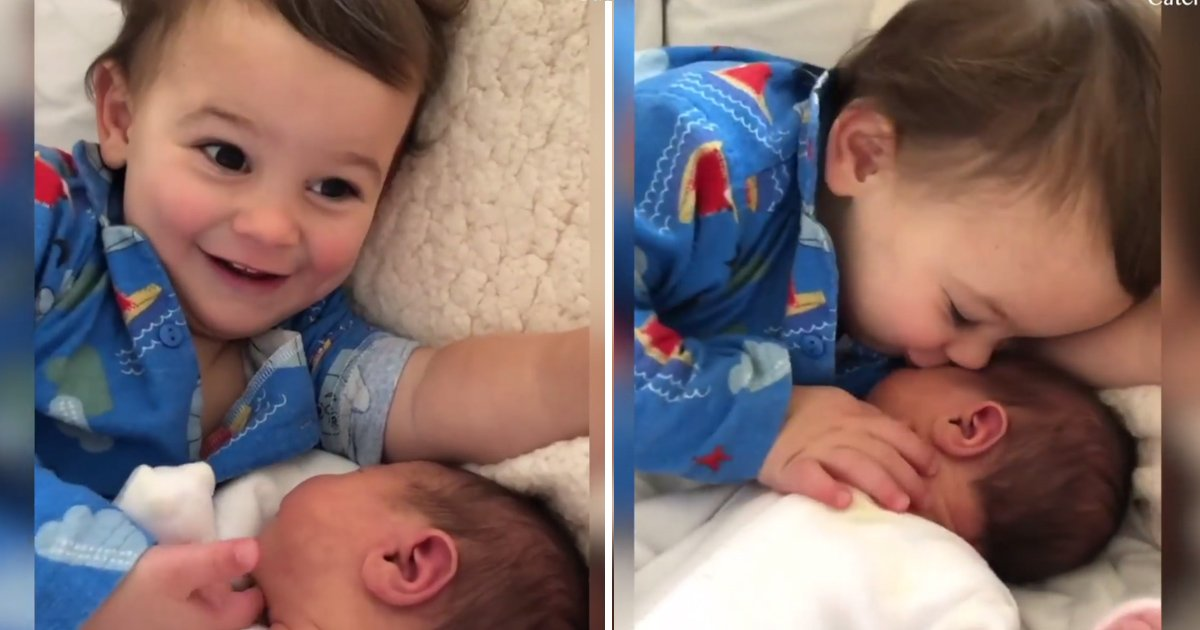 babies.jpg?resize=1200,630 - Two Older Brothers Show Their Affection And Love To Their Newborn Sibling