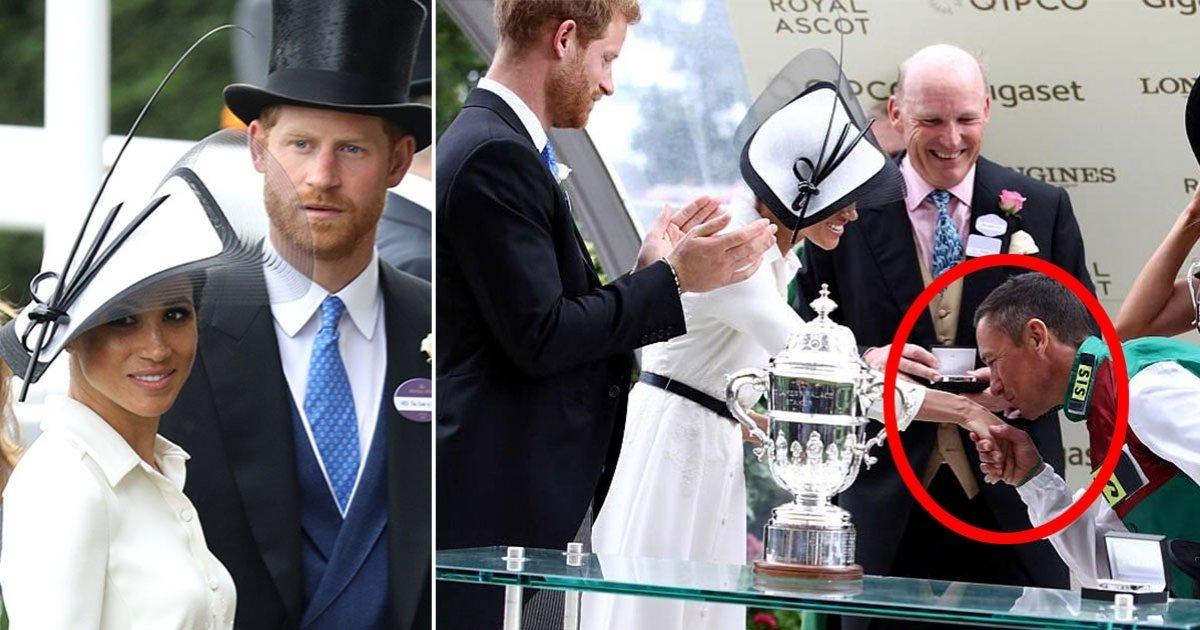 h side.jpg?resize=1200,630 - Meghan ri enquanto príncipe Harry brinca com jóquei que beijou a mão de sua esposa durante evento