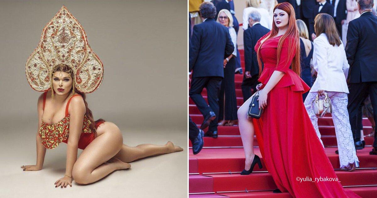 model.jpg?resize=300,169 - Esta modelo rusa se encontraba en una prestigiada alfombra roja y quedó en ropa interior,  su vestido se cayó repentinamente