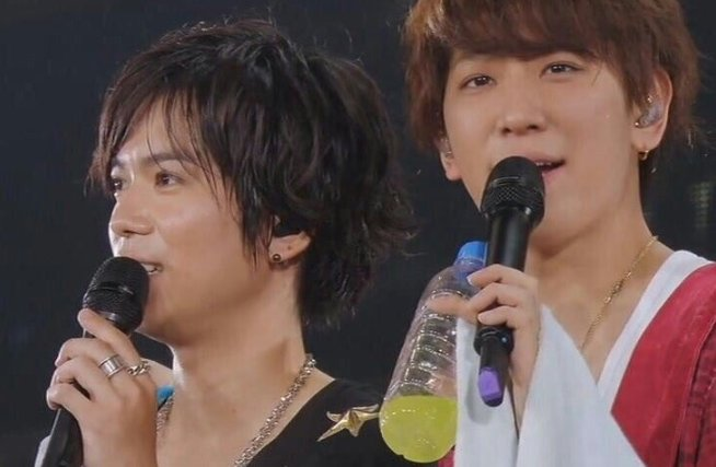 Image result for 小山慶一郎と加藤シゲアキ 強制
