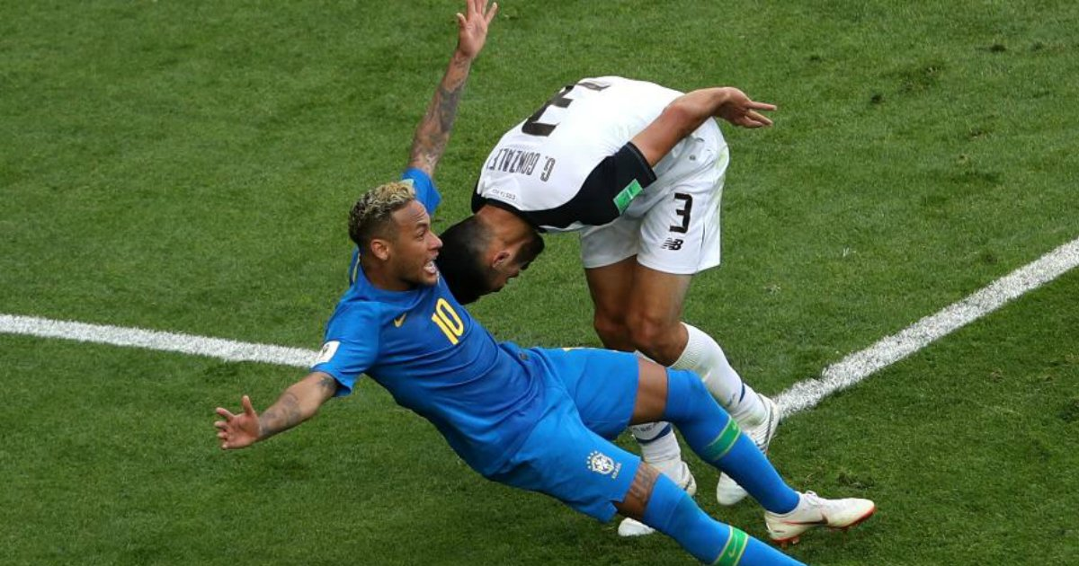 qued1.png?resize=1200,630 - Bar no Rio dará bebida grátis a cada tombo de Neymar contra a Sérvia