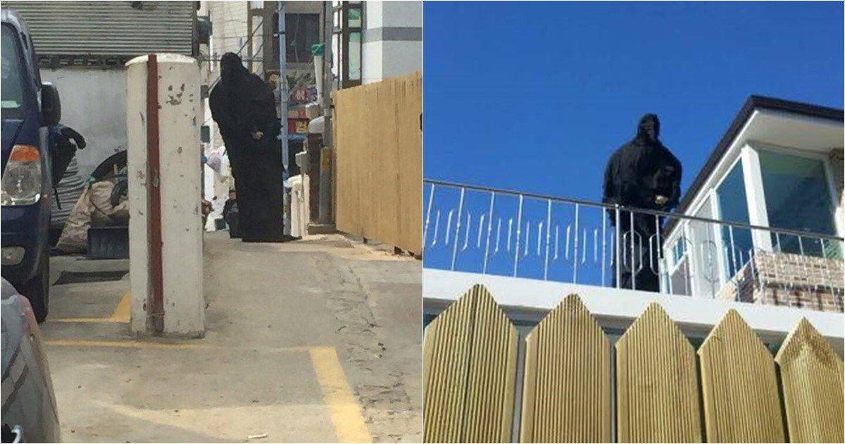 s 27.jpg?resize=1200,630 - 서울 구로구에 출몰해서 사람들 놀라게 한다는 정체불명의 2미터 거대 까마귀