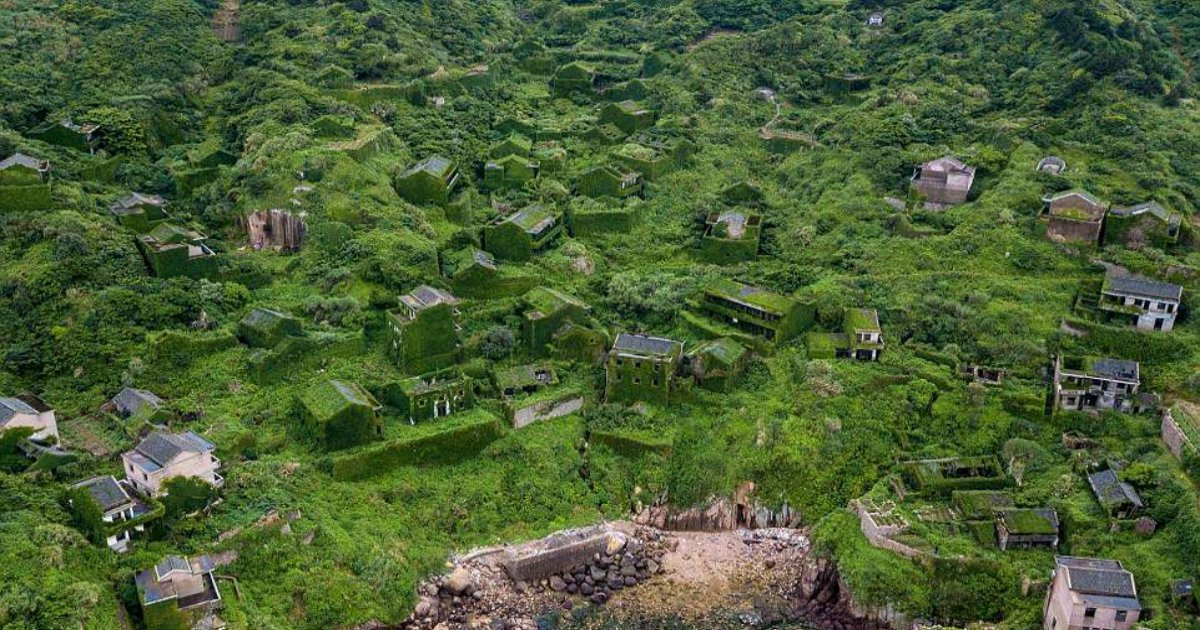 v.jpg?resize=412,232 - The 'Ghost Village' Was Abandoned In 1990s But When People Came Back They Found This