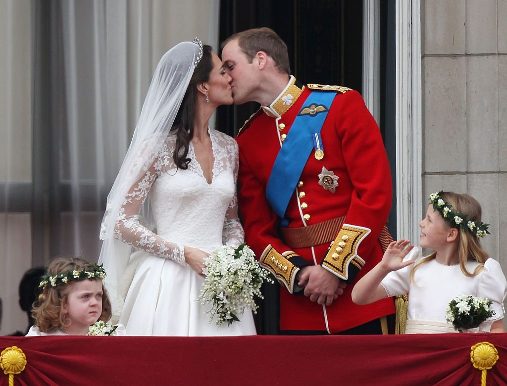 1489072039 william kate royal wedding.jpg?resize=1200,630 - Kate Middleton e Prince William quebraram importante tradição real em sua noite de núpcias