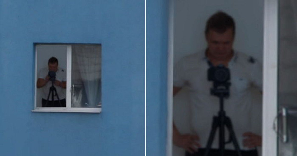 "31t1s22a6d4vz30h19lk 1.jpg?resize=300,169 - ""카메라로 앞집 여성 '몰래' 촬영하다 남성은 화면을 확대하다가 기겁하고 말았다"""