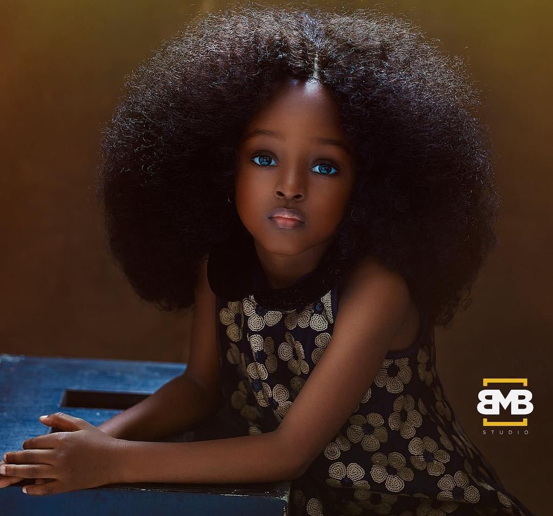 """36984446 2088871947812599 3157909124251910144 n.jpg?resize=412,232 - Nigeriana de 5 anos é considerada a """"garota mais bonita do mundo"""" após ensaio fotográfico"""