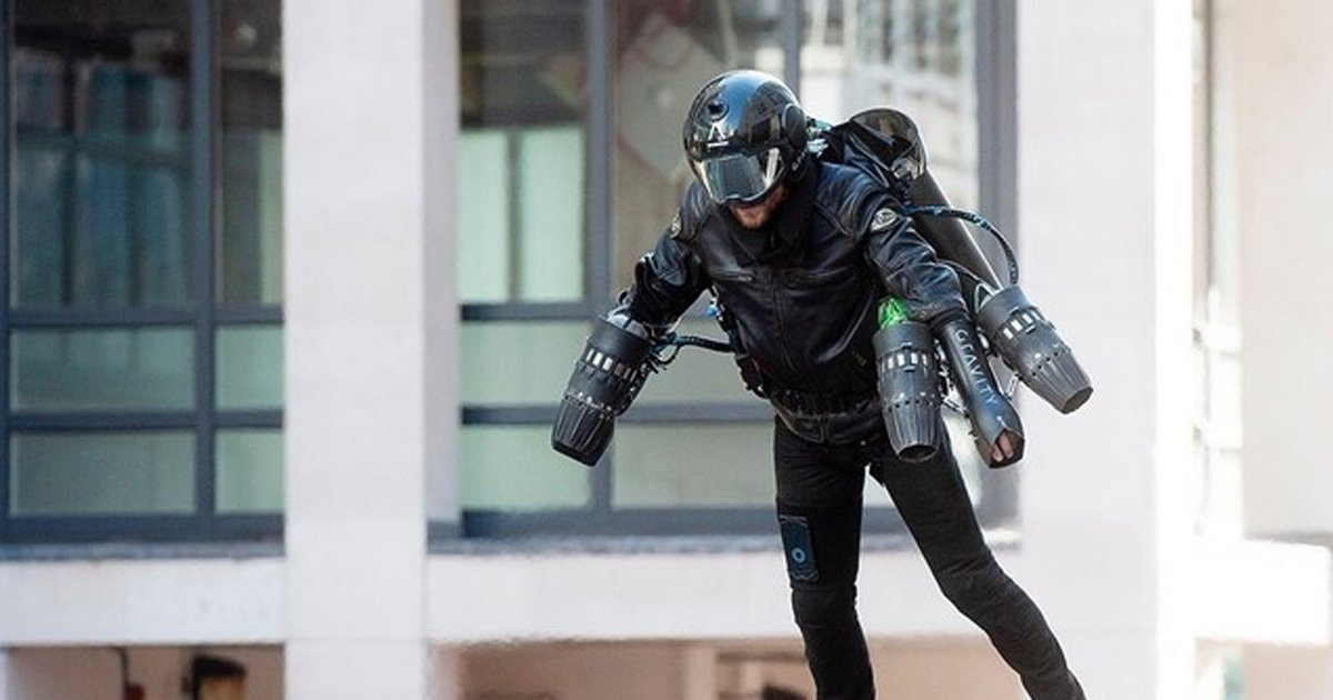 4 208.jpg?resize=412,232 - Are You A Fan Of Marvel? Now You Have The Chance To Buy A Real-life Iron Man Suit, Flying In High Speed