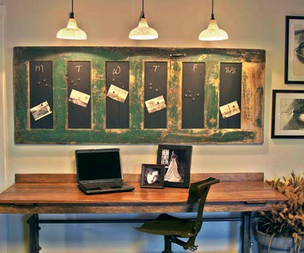 gallery-1427137906-desk