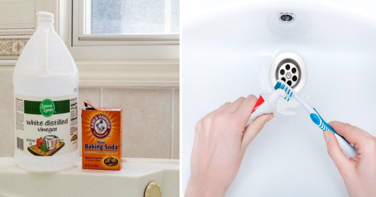 bathroom.jpg?resize=636,358 - 5 Tricks To Make Your Bathroom Look Brand New