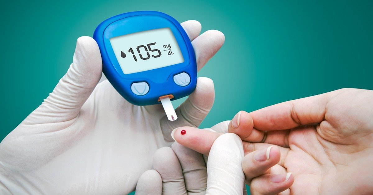 bigstock doctor making blood sugar test 51906649 1280x800 1.jpg?resize=1200,630 - Top 15 Ways To Lower Blood Sugar Levels Naturally
